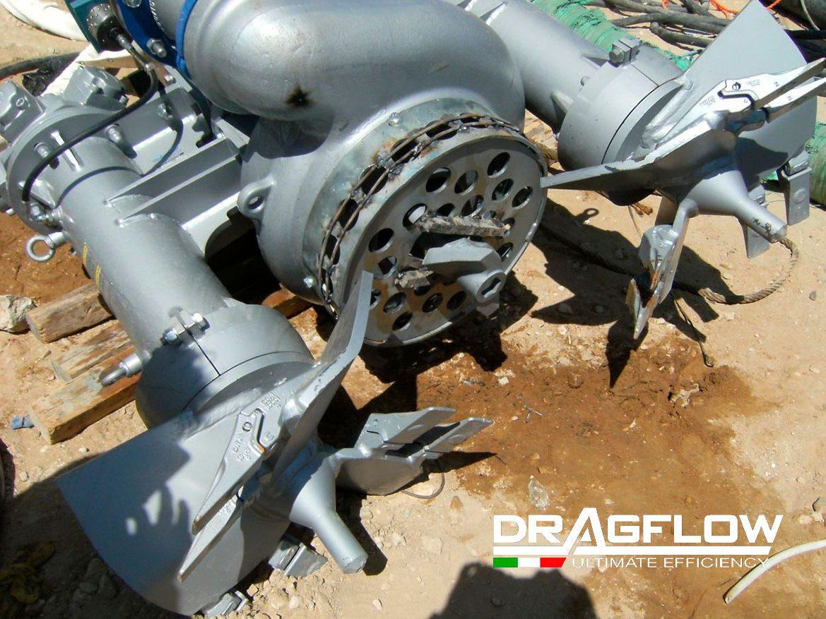 Дноуглубительный шламовый грунтовый насос DRAGFLOW HY85B c двумя рыхлителями EXHY20 с гидравлическим приводом